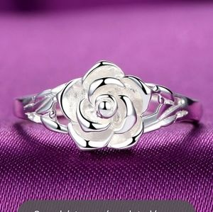 Gorgeous Sterling Silver Rose Ring
